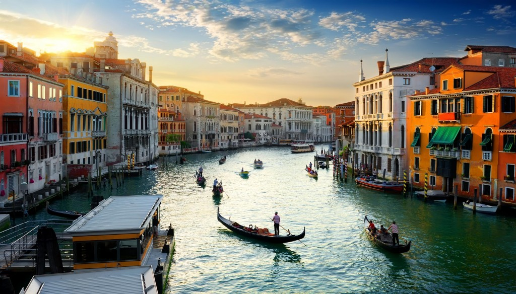 offer trip to venice by Diplomat Travel